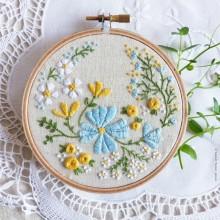 ערכת רקמה- Blossoming Garden